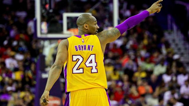 Kobe Bryant pointing with right hand